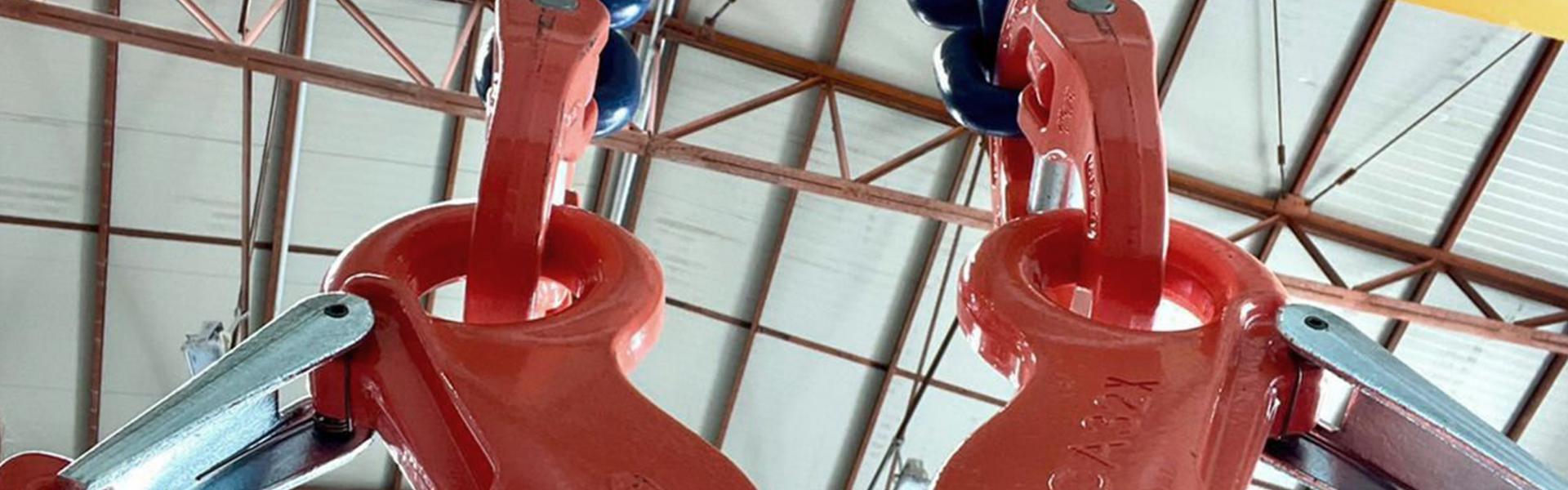 Chain slings: two legs, diameter 32 mm, grade 100, capacity 56,000 kg